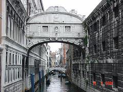 traghetti da venezia