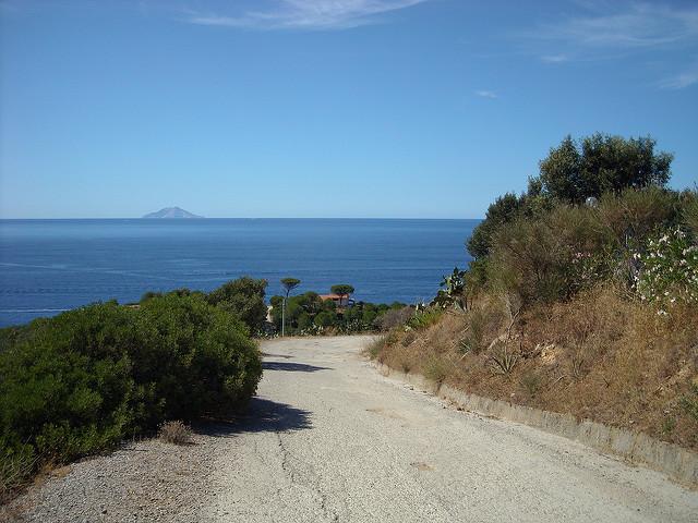 Elba Island Ferry